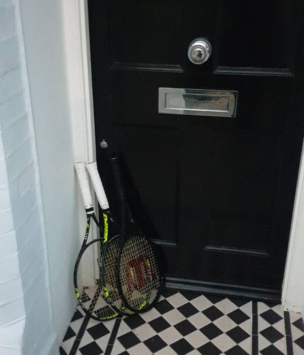 Rackets at door 3